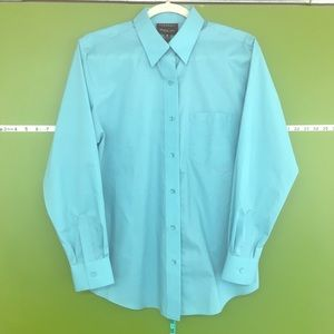NWOT Foxcroft wrinkle free classic button down - 8